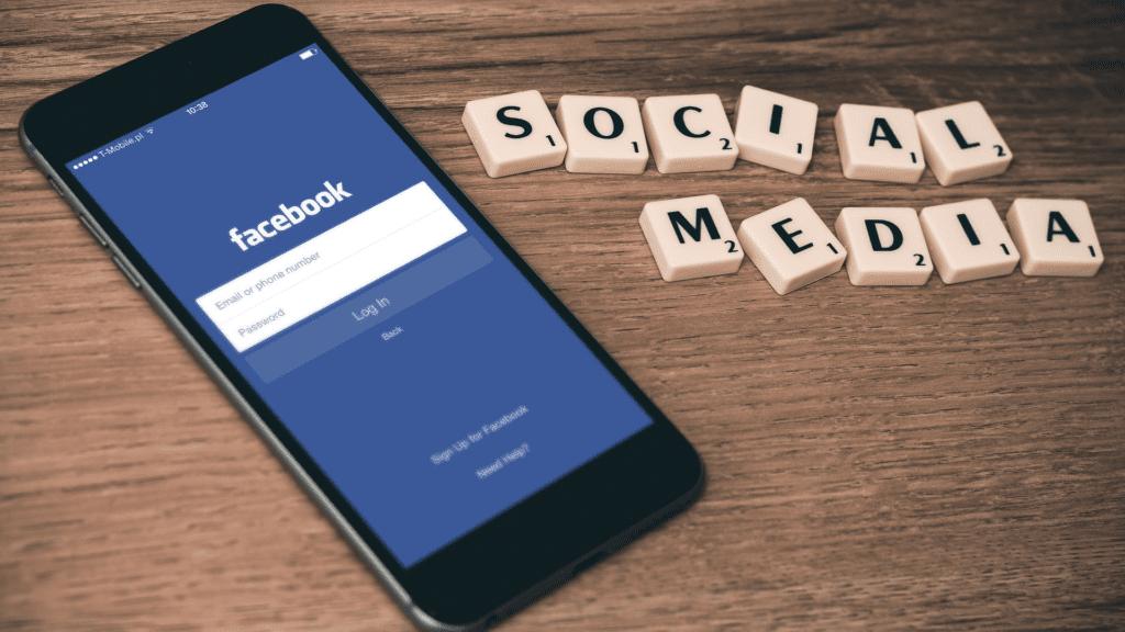 facebook via free stock